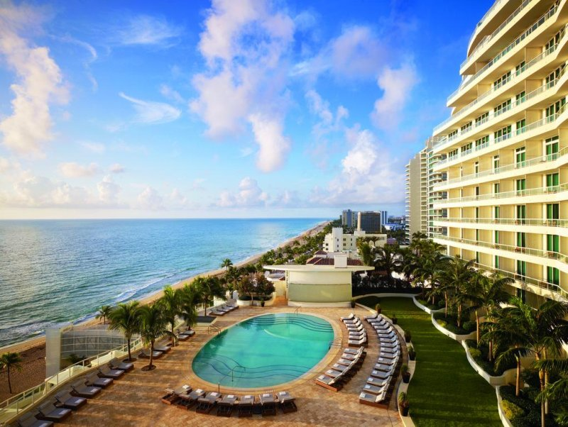 A wonderful, legendary and world-renowned piece of Florida's Gold Coast greets you to the lap of high-class at The Ritz-Carlton, Fort Lauderdale.