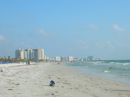It appeared that this Clearwater Beach vacation rental was not directly on the beach, but was waterfront. For those rates, a small walk or drive makes this a great Clearwater Beach vacation deal.