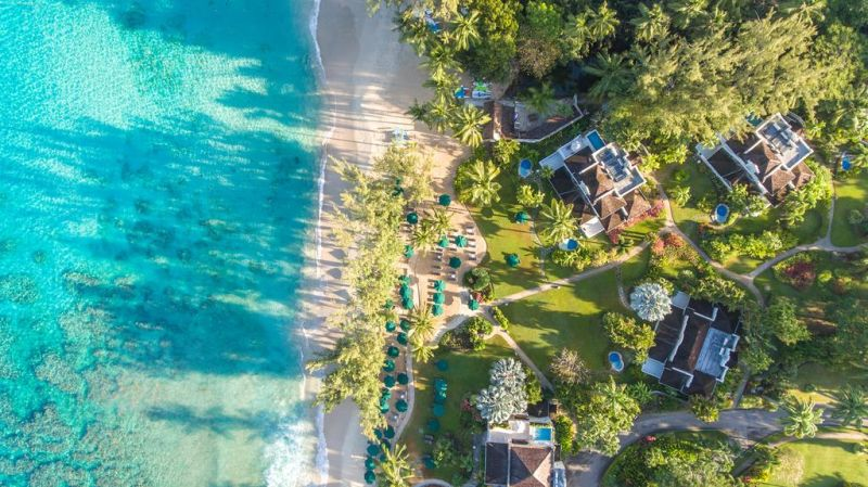 Coral Reef Club, a 5-star hotel, is a property located in Saint James, facing the sea. The accommodations offers water sports facilities, as well as an outdoor swimming pool and a fitness center.