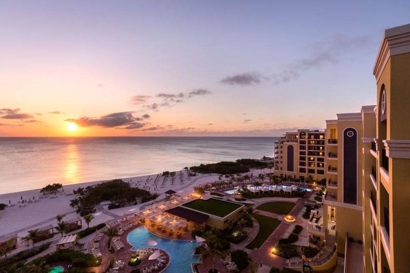 The beachfront Ritz-Carlton, Aruba tempts guests with free WiFi, 2 outdoor pools and spa in Noord. It lies 5.5 mi from the Archaeological Museum of Aruba.