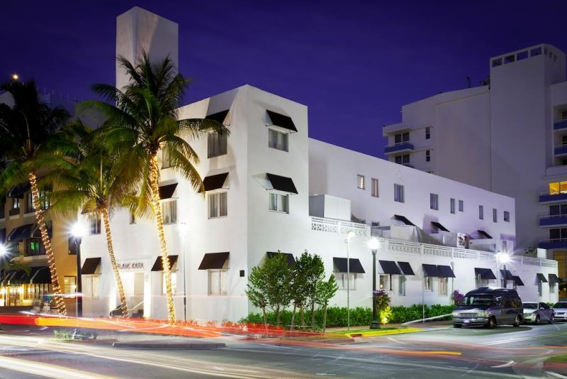Blanc Kara- Adults Only. Located in Miami Beach, Florida, this adult-only boutique hotel is just 3 minutes' walk from the beach.