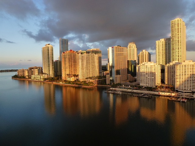 Miami, Florida, offers some great bay cruises as well as other activities. You can take a trip through the everglades and visit Jungle Island, or Gator Park.