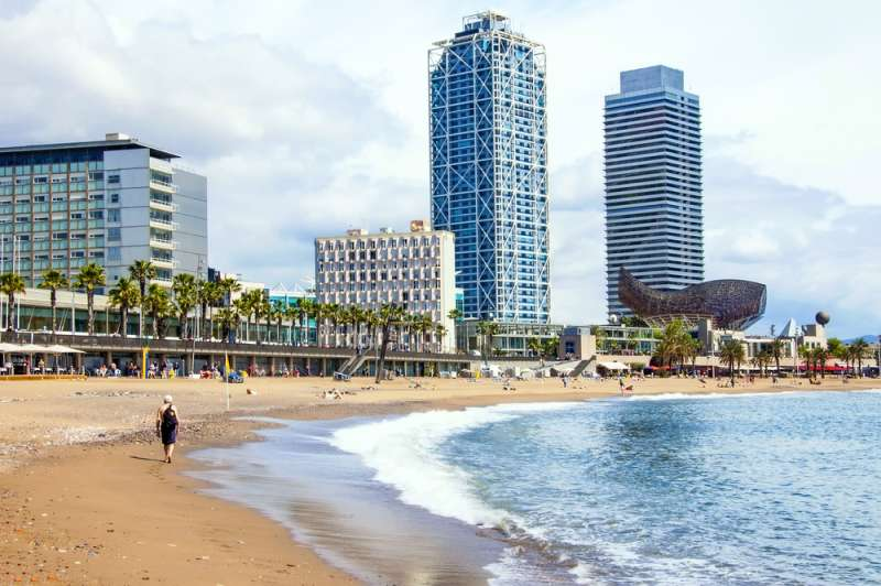 Hotel Arts in Barceloneta, Spain will make it ideal for you to enjoy the beach during the day and go out to the restaurants and clubs situated nearby at night. #beach