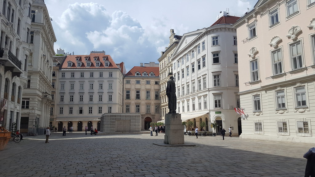 The Jewish culture and the fight against the Nazis are important segments of Vienna's history. Judenplatz Museum covers the Jewish history in the medieval period and the middle ages.
